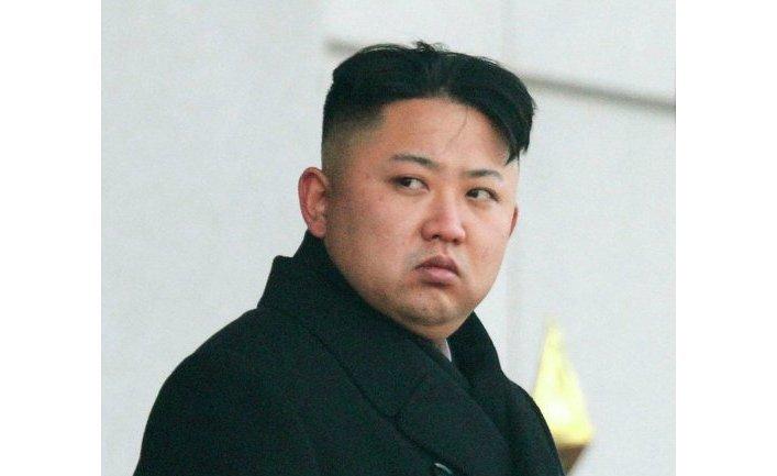 На церемонии также присутствовал сын бывшего лидера КНДР - Ким Чен Ын