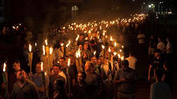 Шествие националистов в Шарлоттсвилле, штат Виргиния
