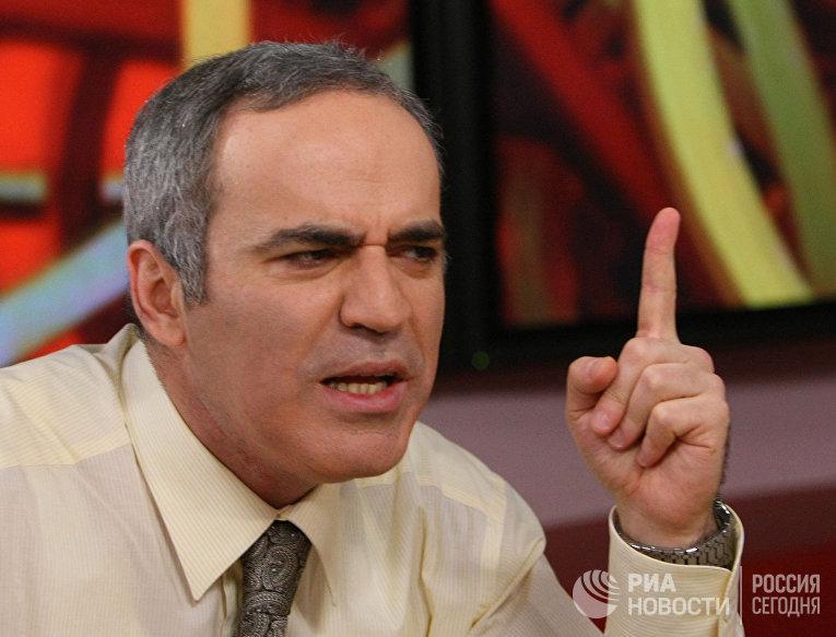 """Гарри Каспаров в прямом эфире радиостанции """"Эхо Москвы"""""""