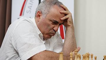 Российский гроссмейстер Гарри Каспаров на турнире в американском Сент-Луисе.