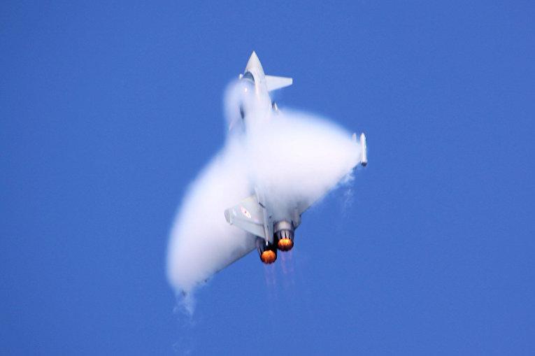Европейский истребитель Eurofighter Typhoon