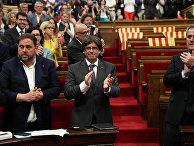 Премьер-министр Каталонии Карлес Пучдемонт после голосования о референдуме о независимости Каталонии 1 октября в парламенте