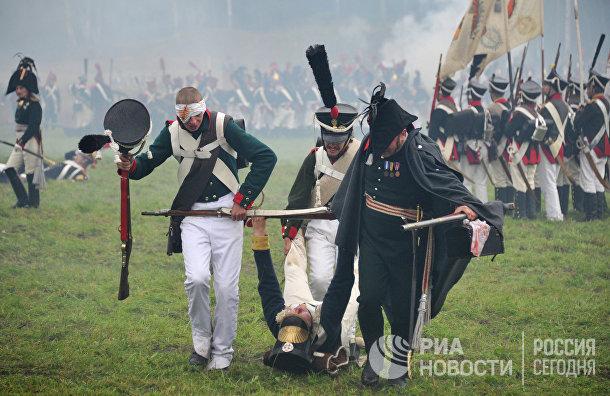 Участники реконструкции Бородинского сражения