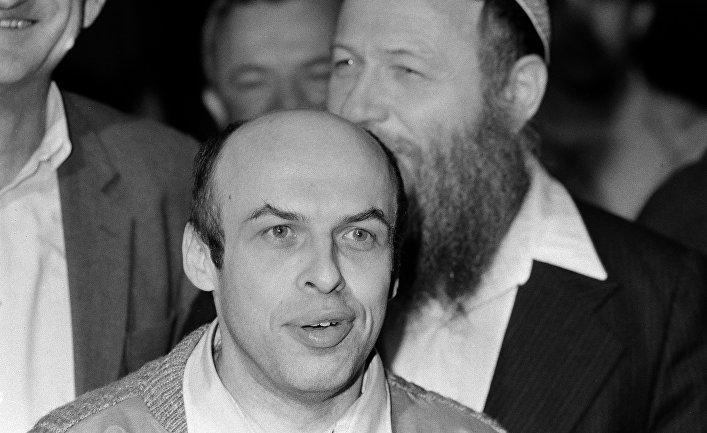 Советский диссидент Анатолий Щаранский в Тель-Авиве после его освобождения советскими властями
