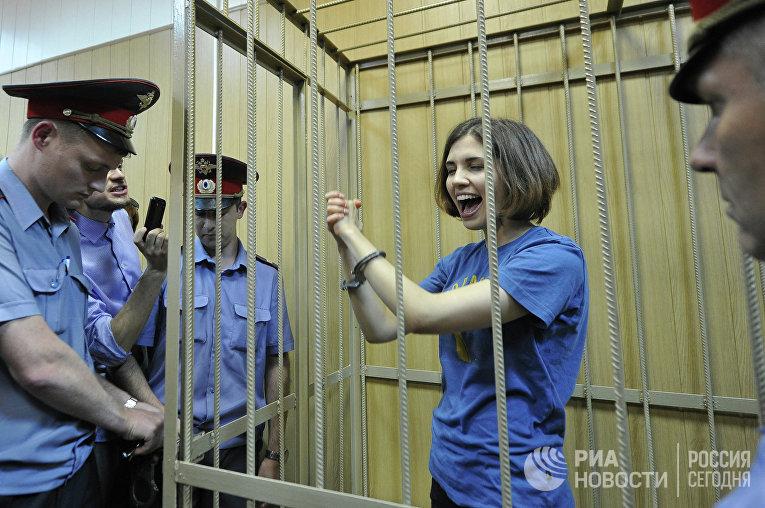 Заседание суда по делу участниц панк-группы Pussy Riot