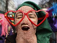 Украинская феминистка во время марша в честь 8 марта в Киеве