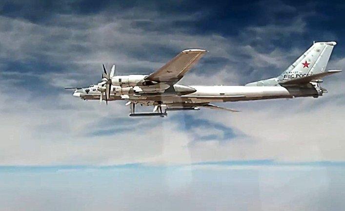 Нанесение авиаударов Ту-95МС крылатыми ракетами ХА-101 по объектам террористов в Сирии