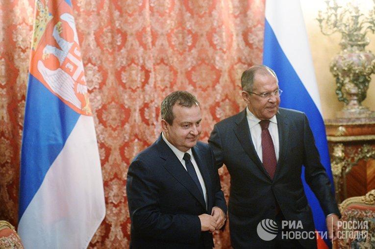Министр иностранных дел Сербии Ивица Дачич и Министр иностранных дел РФ Сергей Лавров во время встречи в Москве. 29 сентября 2017