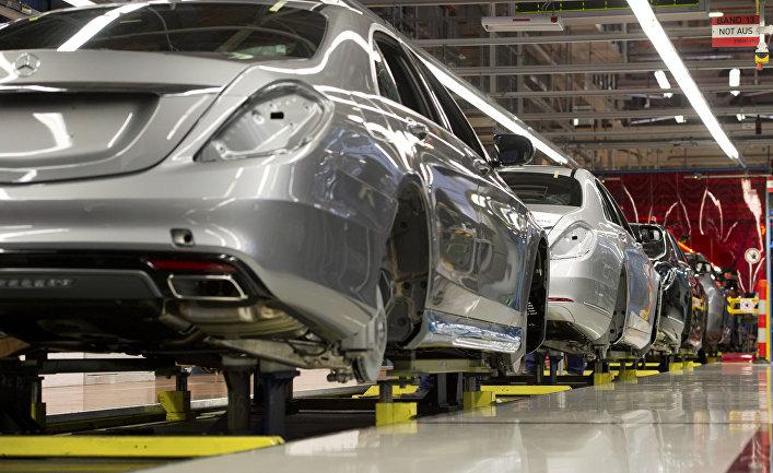 """Завод по производству легковых автомобилей компании """"Даймлер"""""""