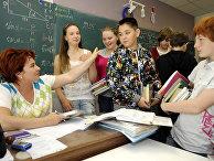 Занятия в средней школе № 21 в Риге, Латвия