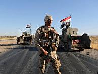 Иракские солдаты недалеко от города Ирбиль