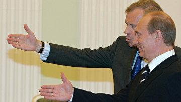 Генеральный секретарь НАТО Яап де Хооп Схеффер и президент России Владимир Путин