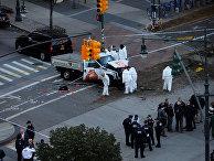 Место наезда грузовика на толпу людей в Нью-Йорке