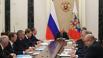 Президент РФ Владимир Путин проводит заседание комиссии по вопросам военно-технического сотрудничества России с иностранными государствами. 7 ноября 2017