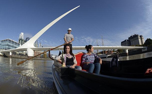 Мост Пуэнте де ла Мухер в Аргентине