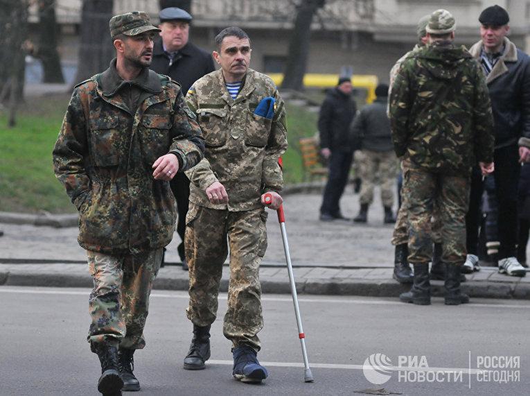 Акция протеста украинских военных во Львове