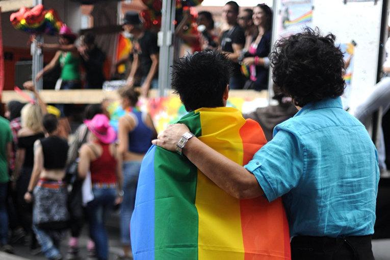 Гомосексуальные отношения