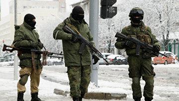 Военные в Луганске