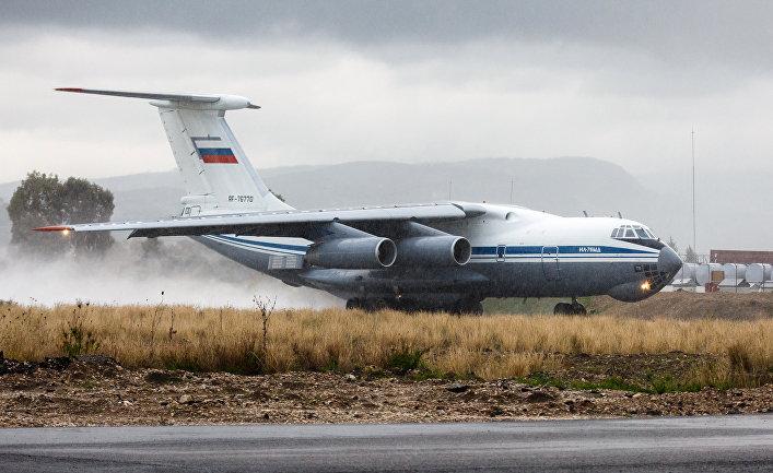 Самолет Ил-76 ВКС России