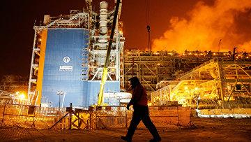 Хранилище сжиженного природного газа в порту Сабетта, расположенном на побережье Карского моря