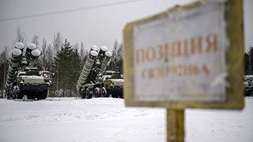 Военные учения с применением ЗРС С-400 в Ленинградской области