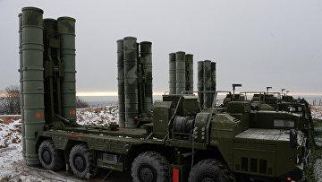 Дивизион ЗРК С-400 заступил на боевое дежурство в районе Владивостока