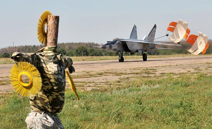 Работа военной авиабазы в Воронежской области
