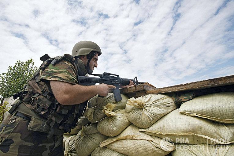 Грузинские военнослужащие в районе конфликта между Грузией и Южной Осетией
