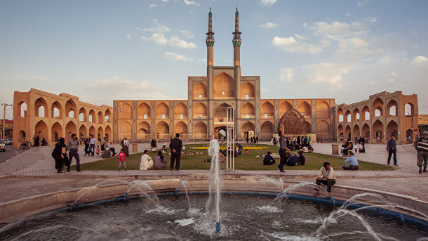 Мечеть Амир Чакмак в Иране
