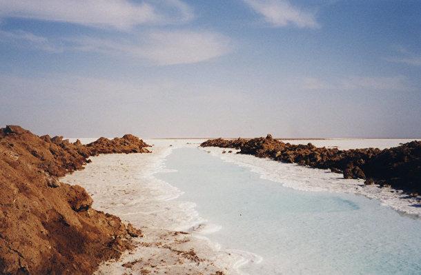 Солончаковая пустыня Деште-Кевир в Иране
