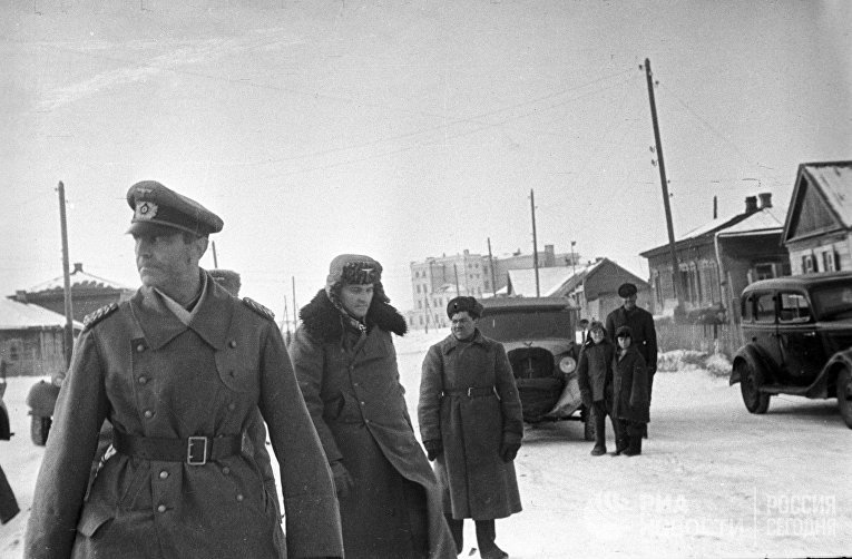 Командующий 6-й немецкой армией фельдмаршал Фридрих Паулюс