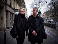 Художник Петр Павленский и его жена Оксана Шалыгина в Париже