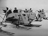 Подразделение аэросаней НКЛ-26 к югу от Новгорода