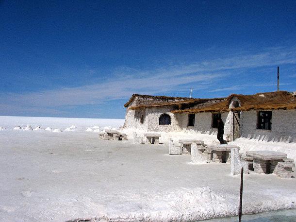 Боливия, отель из соляных блоков