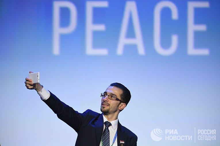 Участник конгресса сирийского национального диалога в Сочи