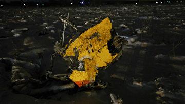 Обломок самолета Ан-148, разбившегося в Московской области
