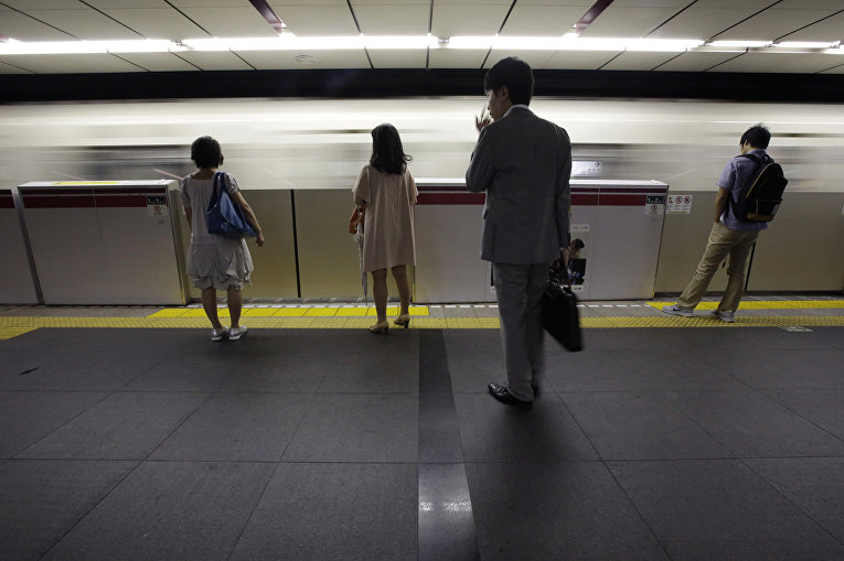 Пассажиры токийского метро, Япония