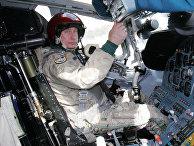Президент России Владимир Путин в кабине стратегического бомбардировщика Ту-160