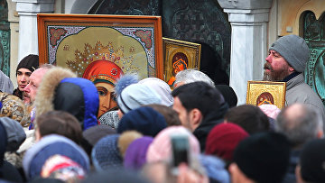 Церковная служба против акции радикалов в Киеве