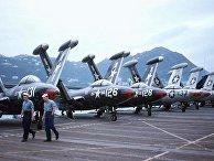 Американские истребители F9F-5s
