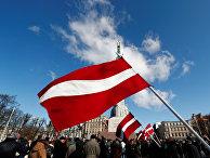 Участники шествия, посвященного памяти латышских легионеров войск СС