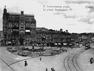 Караваевская площадь и Большая Васильковская улица в Киеве