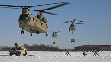 Солдаты армии США участвуют в крупномасштабных учениях в Форт-Кэмпбелл, штат Кентукки