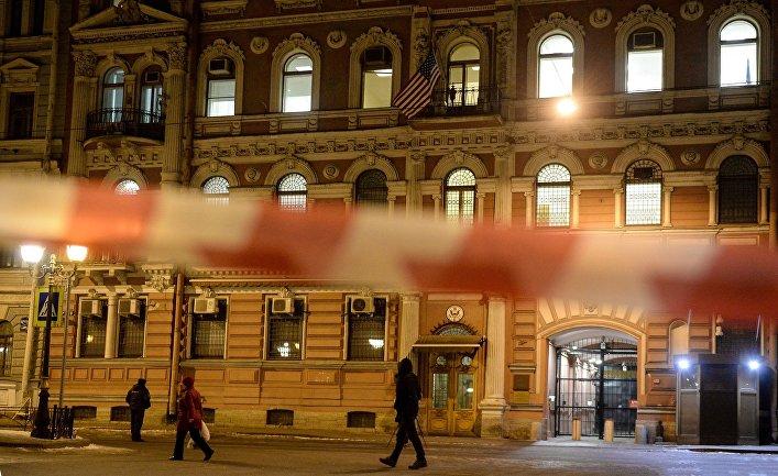 Здание консульства США в Санкт-Петербурге