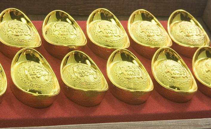 Золотые слитки в Китае
