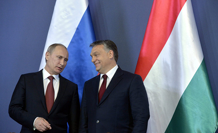 Владимир Путин с президентом Венгрии Виктором Орбаном во время визита в Будапешт