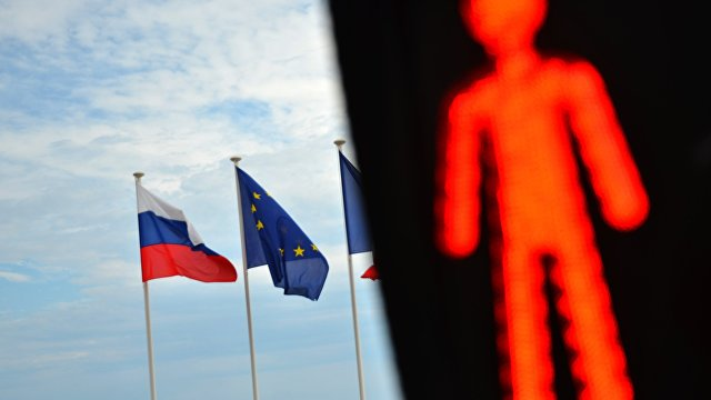 Bloomberg (США): ЕС готовится ввести санкции против России из-за ареста Навального
