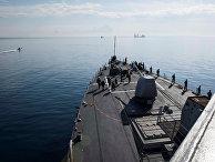 """Американские военные моряки на борту авианосца """"Дональд Кук"""""""