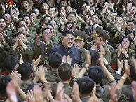 Cеверокорейский лидер Ким Чен Ын в Пхеньяне. 15 августа 2017
