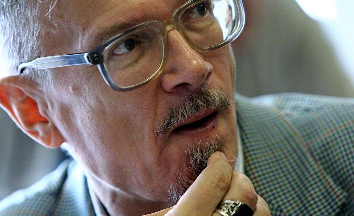 Писатель и оппозиционер Эдуард Лимонов